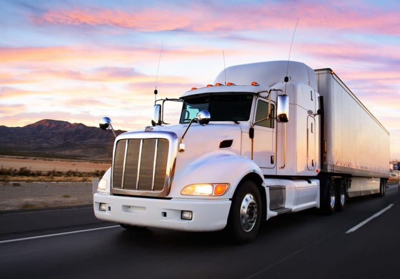 15 Major Career Benefits of Commercial Truck Driving (Class A – Entry Level M.E.L.T.) Training in Ontario